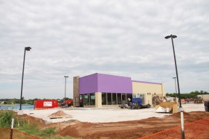 The new Taco Bell building nears completion just west of Mazzio's on NE 23rd Street. (Photo by Ryan Horton)