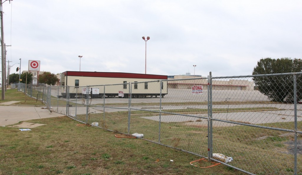 WinCo Foods, a national grocer, is planning to build a new store at the site of the former Target store near Midwest Blvd. and Reno Ave. (Staff photo by Jeff Harrison)