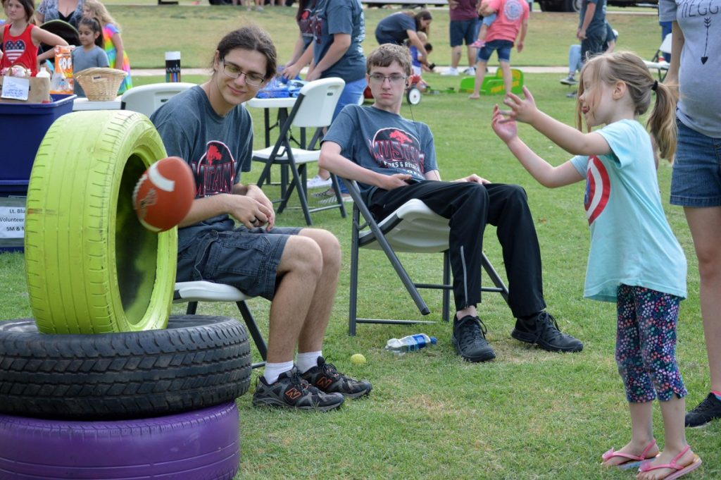 The Mustang Parks and Recreation Department offers a variety of summertime activities for all ages. (File photo)