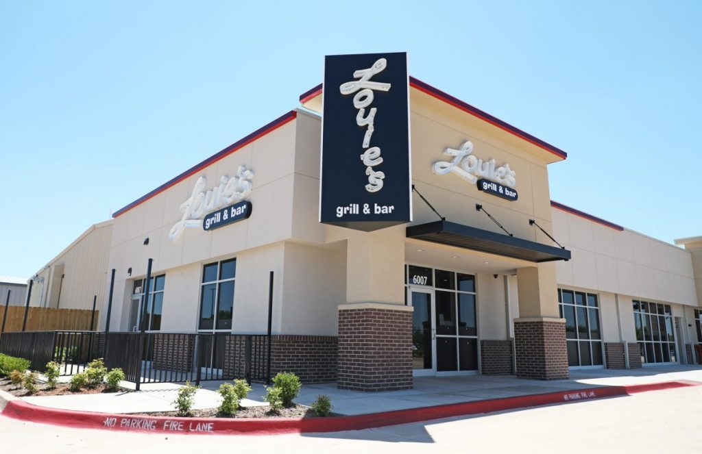 Louie's Grill and Bar plans to open a new Midwest City location on June 15. (Photo by Jeff Harrison)