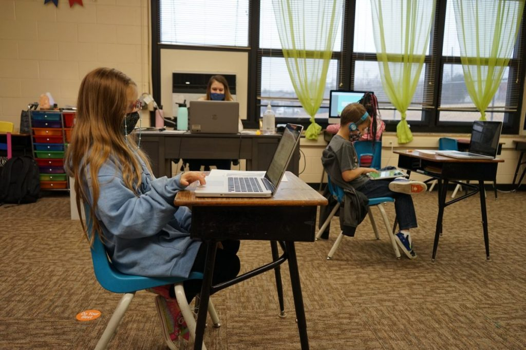 Mid-Del Schools will continue with virtual learning on Wednesday through the end of February. (Photo by Stacey Boyer)