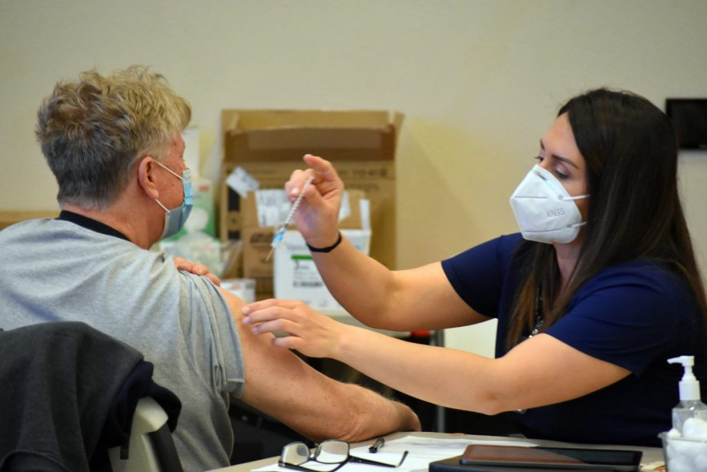 Mustang's Town Center hosted a COVID-19 vaccination event this week. (Photo by Traci Chapman)