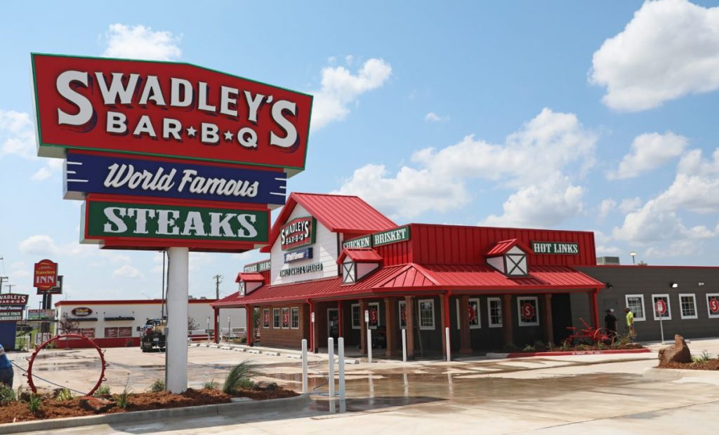 Swadley's Bar-B-Q recently opened its new Midwest City location. (Photo by Jeff Harrison)