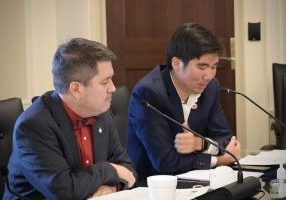 State Representatives Andy Fugate (Left) and Daniel Pae (Right) led legislative study last week on Federal Impact Aid. (Photo by Anthony Thomas)